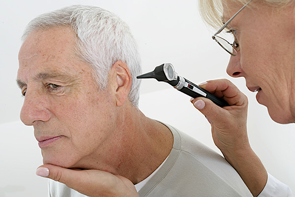How to Fight Tinnitus with Hearing Aids